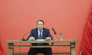 10月25日,县委常委、组织部长贾志强在学思堂为我县组织系统党员干部讲党课